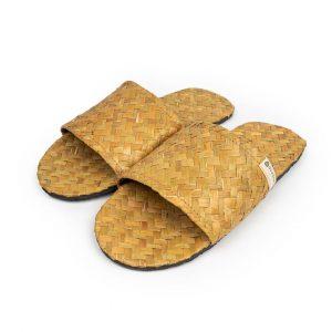 Sandal Anyaman Purun Ramah Lingkungan
