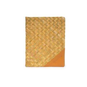 Notebook dari Anyaman Ramah Lingkungan