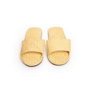 Slippers dari Anyaman Lontar