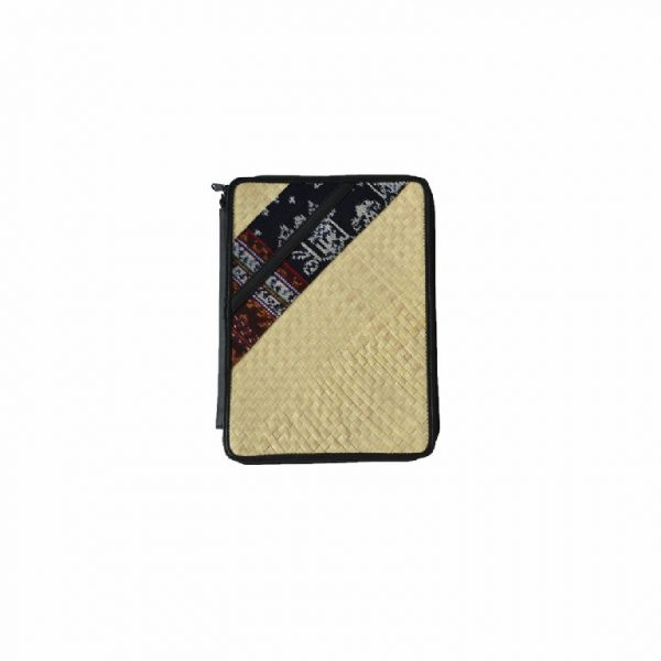 Pouch Tablet Motif Tenun